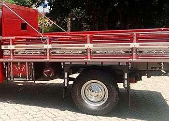 Carroceria graneleira para caminhão toco